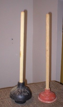 toilet plunger with flange
