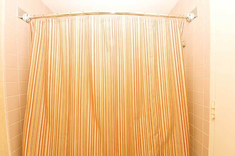 curtain rod on tile walls