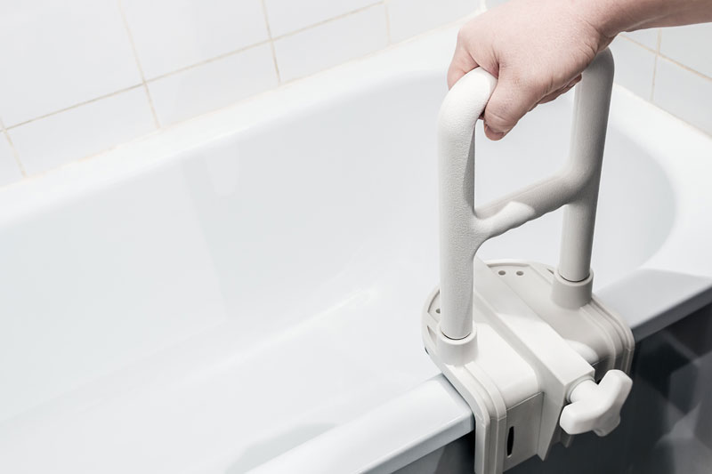 7 Best Bathtub Safety Rails For Elderly Vive Drive