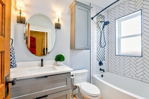 Does your toilet seat match your bathroom