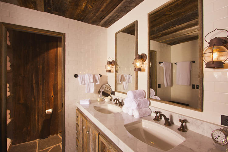 Luxurious Rustic Bathroom with Mining Lamps